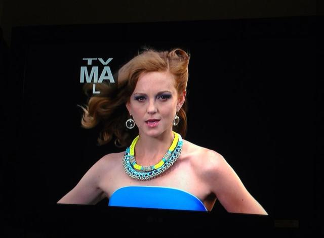 Jayma Mays wearing See Song Designs