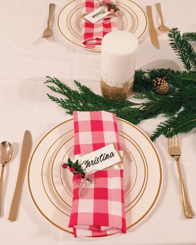 DIY Holiday Dinner Setting